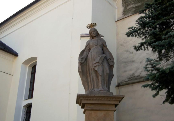Statue of St Mary